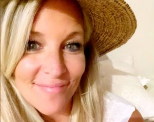 General Hospital News Update: Laura Wright Loves A Witchy Read In Her Downtime!