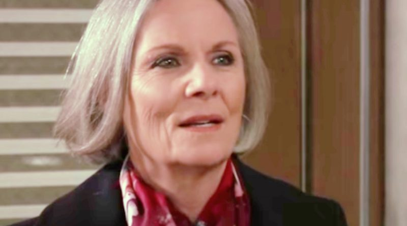 General Hospital Spoilers: Will Tracy Be Forced To Reveal The Truth About Alexis Davis' DUI?