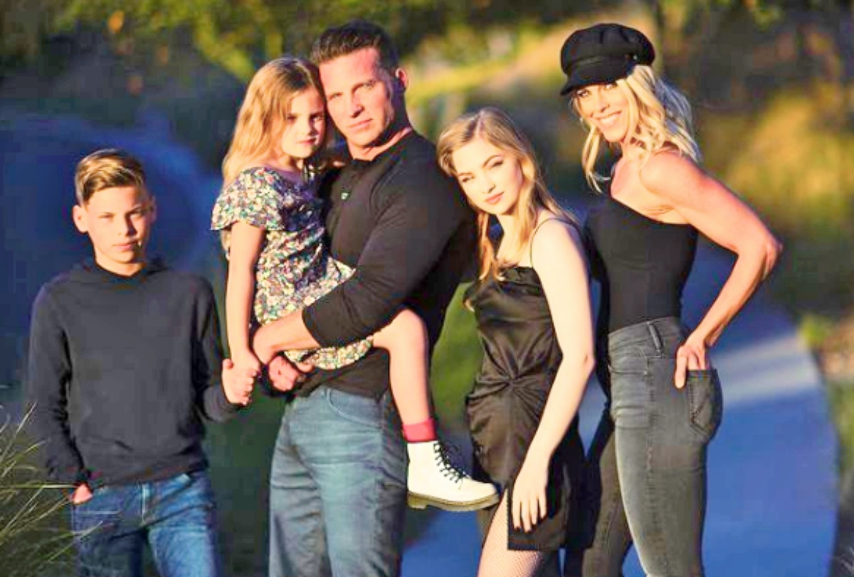 General Hospital (GH) Spoilers: Steve Burton and His Family Celebrate Easter in Style