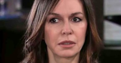 General Hospital (GH) Spoilers: Anna Tries To Contact An Old Friend To Help Take Down Peter