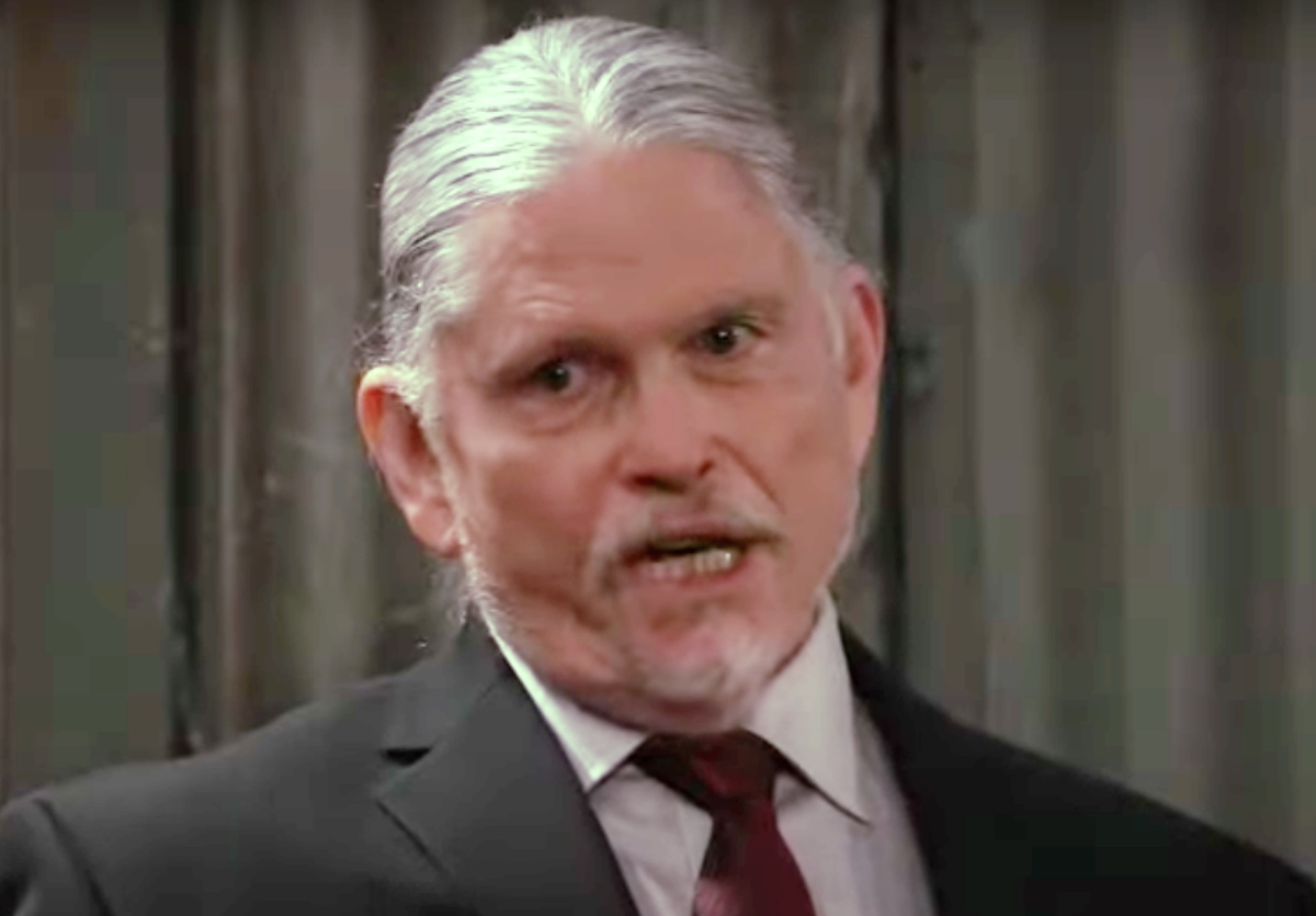 General Hospital (GH) Spoilers: Laura's Life Threatened, Cyrus Sends His Henchmen After Her